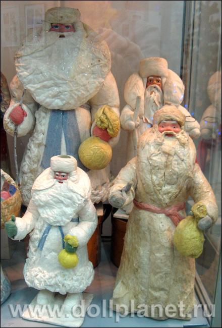 Дед мороз и снегурочка с костюмами