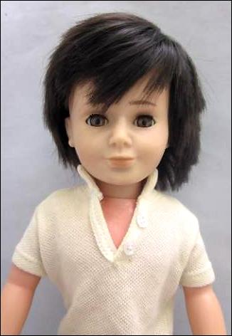 http://www.dollplanet.ru/images/pages/kidsdolls/famosa-vintage-lucas.jpg