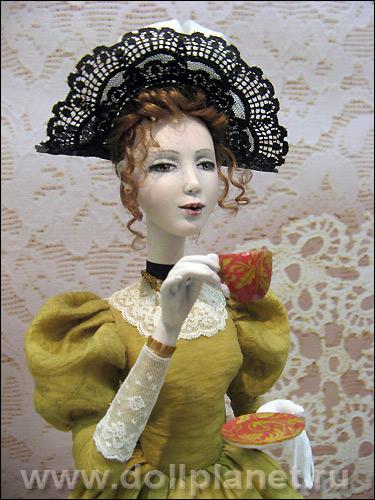 Авторская кукла из паперклея татьяны